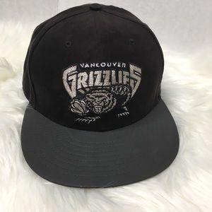 New Era Vancouver Grizzlies Black cap 7 1/2